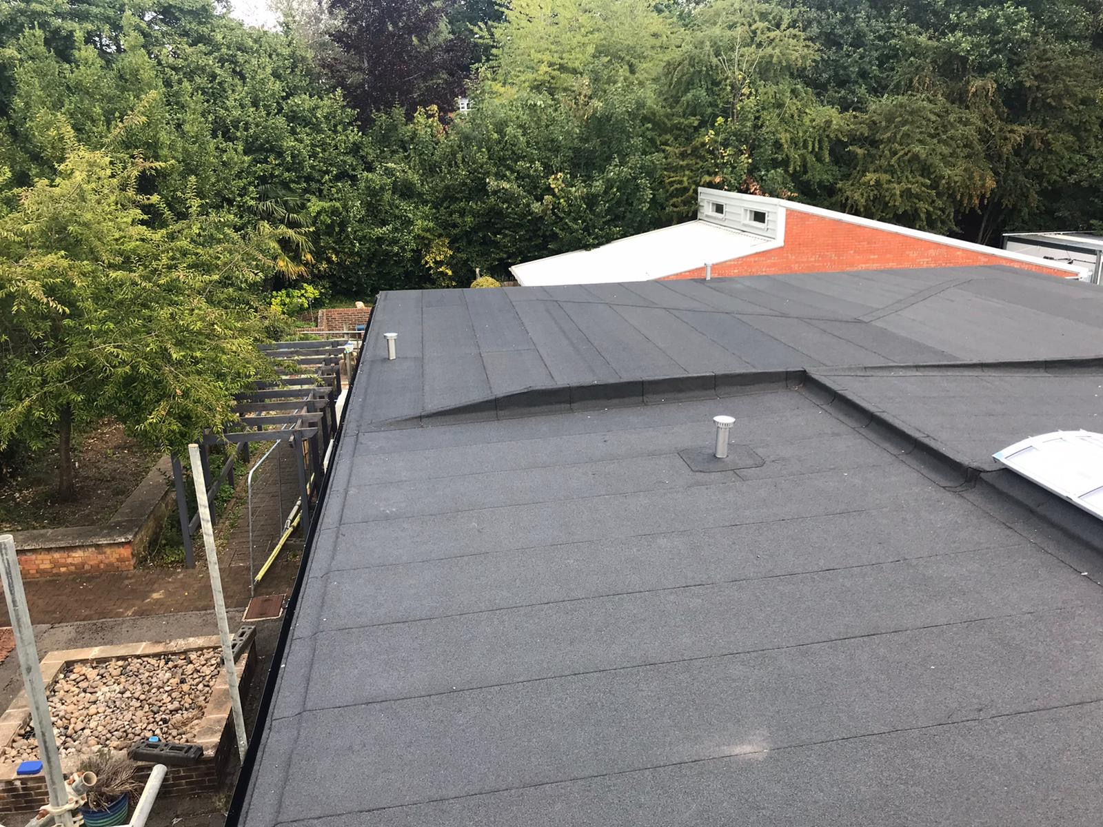 A GUIDE TO FLAT ROOF REFURBISHMENT